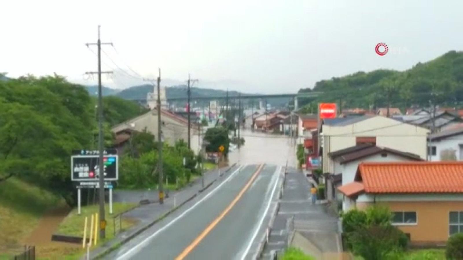 Japonya'da Sel Felaketi Nedeniyle Binlerce Kişiye Tahliye Emri Verildi