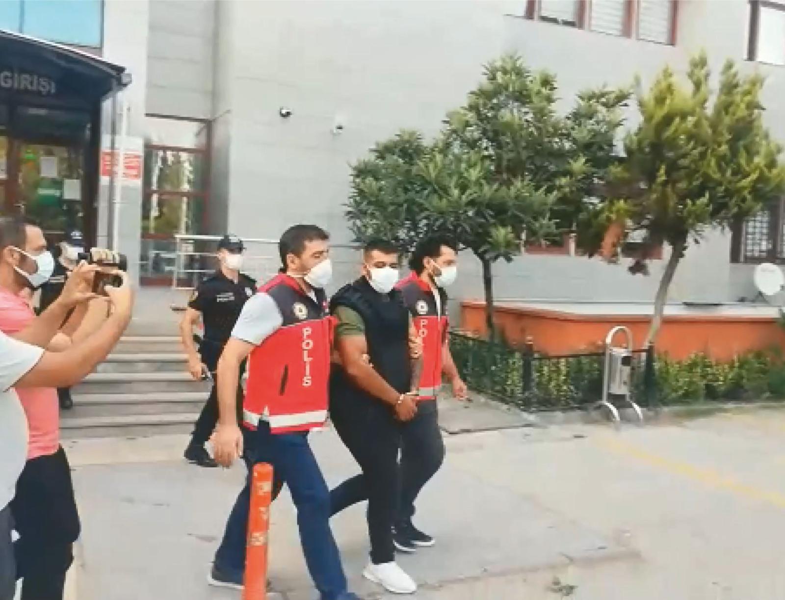 Sünnet Düğününde 2 Kişiyi Öldüren, 8 Kişiyi Yaralayan Şahıs Tutuklandı