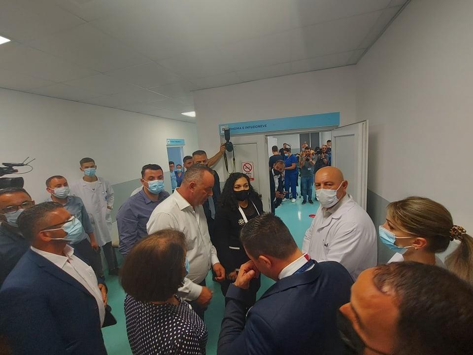 Kosova'da Bir Kasabada Bin 500 Kişi Zehirlendi