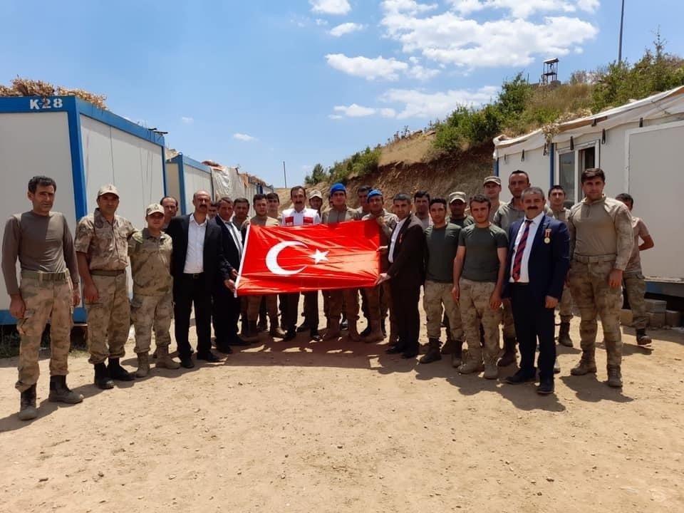 15 Temmuz Gazilerinden Üs Bölgesine Moral Ziyareti