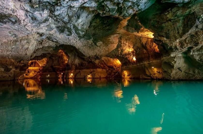 Dünyanın üçüncü, Türkiye'nin ise en uzun yeraltı gölü