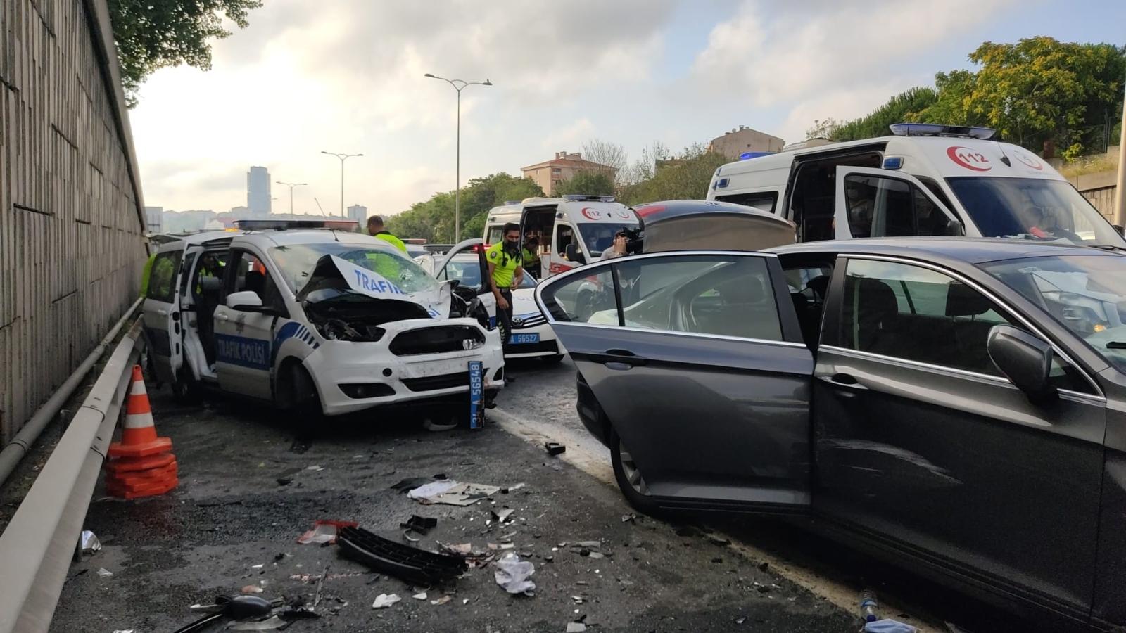 TEM Otoyolunda Zincirleme Trafik Kazası: 3 Yaralı