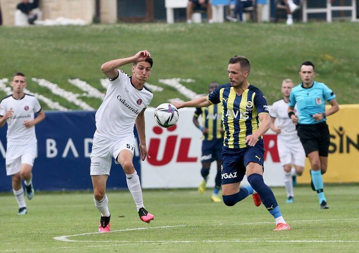 Vitor Pereira hazırlık maçını kuleden izledi
