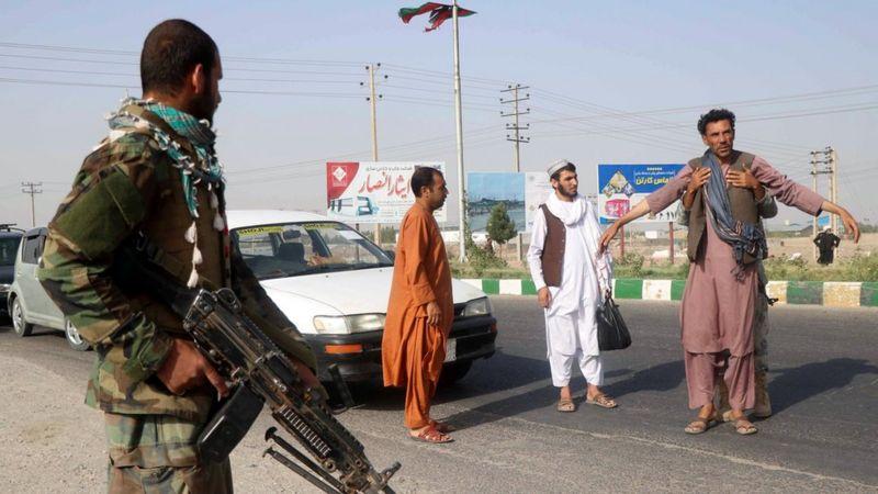 Afganistan'da son durum: Ankara, Taliban'ın Türk askerine karşı 'saldırganca bir tutum' içinde olmasını beklemiyor
