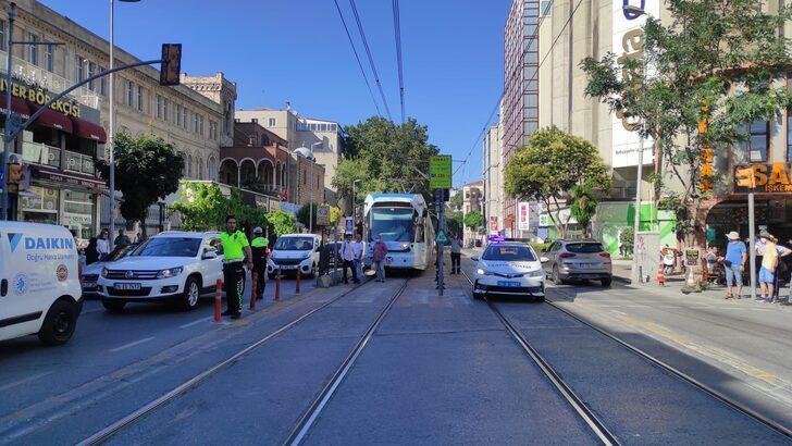 Karaköy'de tramvay yolunda kaza!
