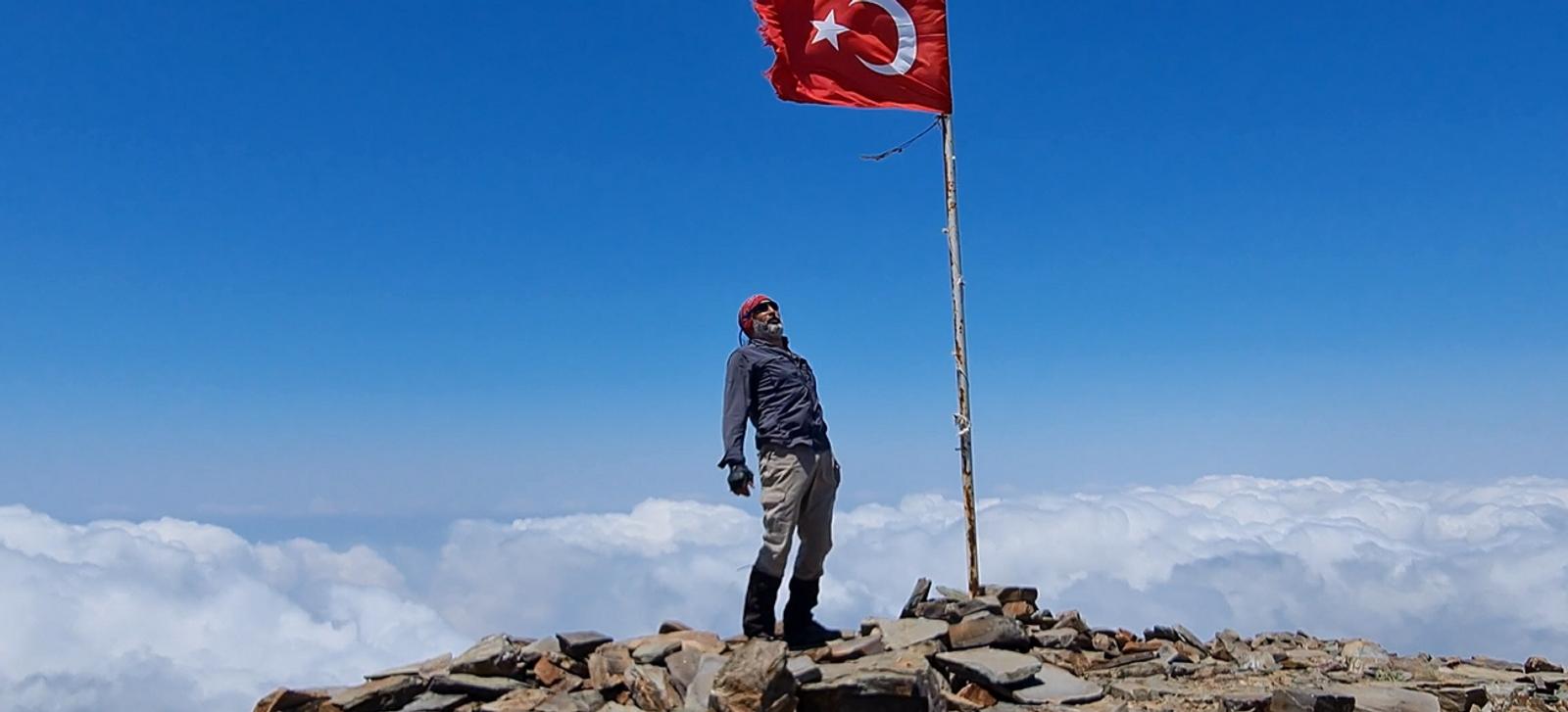 Amanos Dağları'nın zirvesine solo tırmanış yaptı