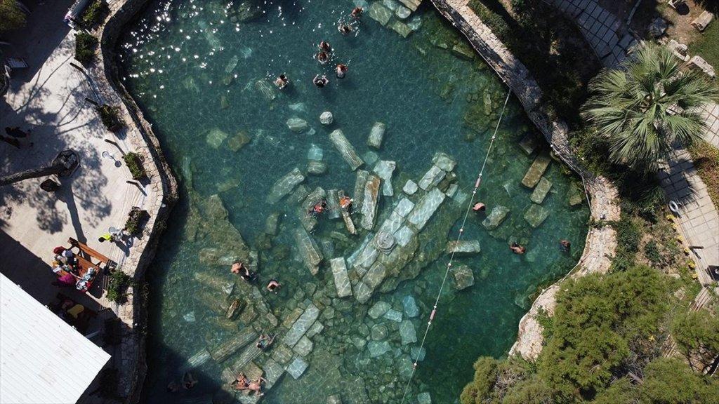 Antik Havuz Sıcak Havada Da İlgi Görüyor