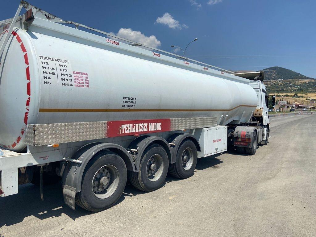 Kahramanmaraş'ta 20 Ton 300 Kilogram Kaçak Yakıt Ele Geçirildi