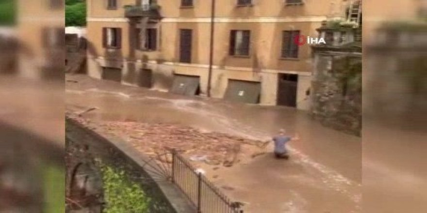 İtalya'da sel ve toprak kayması: Cadde ve sokaklar sular altında kaldı