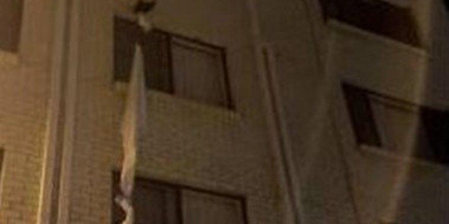 Avustralya'da zorunlu otel karantinasından çarşaflı kaçış