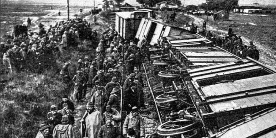 Aynı noktada 106 yıl önce de tren kazası yaşandı