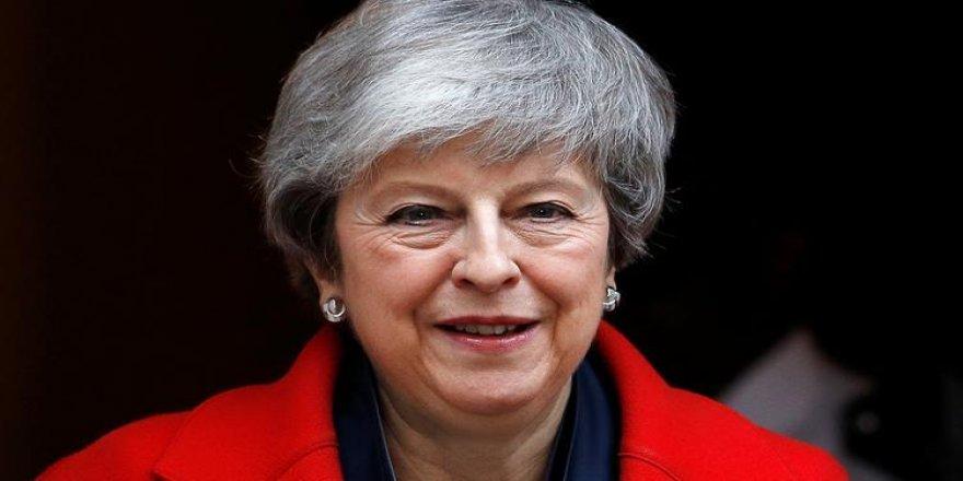 İngiltere Başbakanı May'den istifa açıklaması
