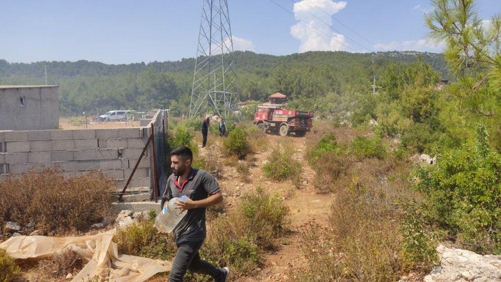 Alanya'daki Orman Yangını Hızlı Müdahale İle Söndürüldü