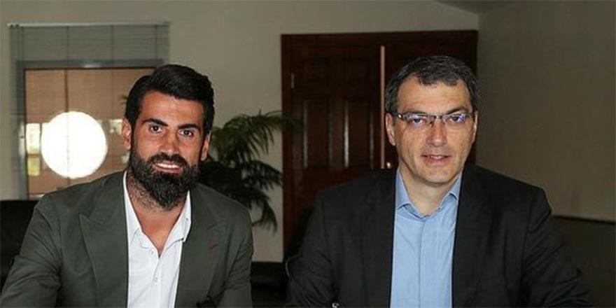 Fenerbahçe Volkan Demirel ile yeni sözleşme imzaladı