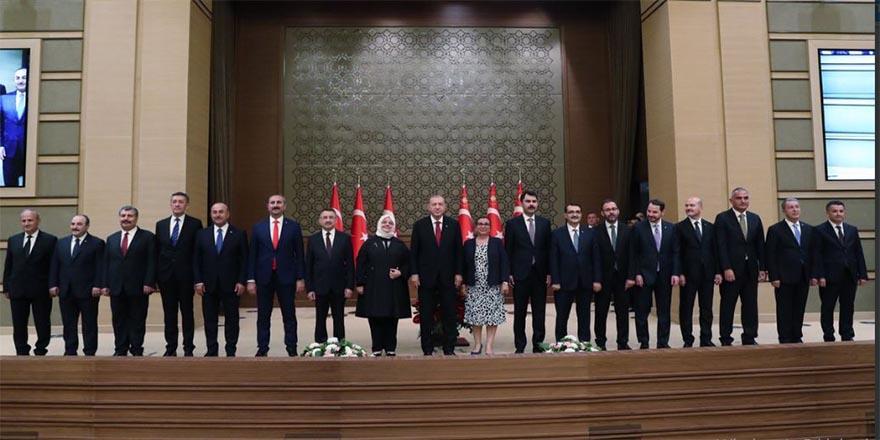 Cumhurbaşkanı Erdoğan yeni kabineyi açıkladı