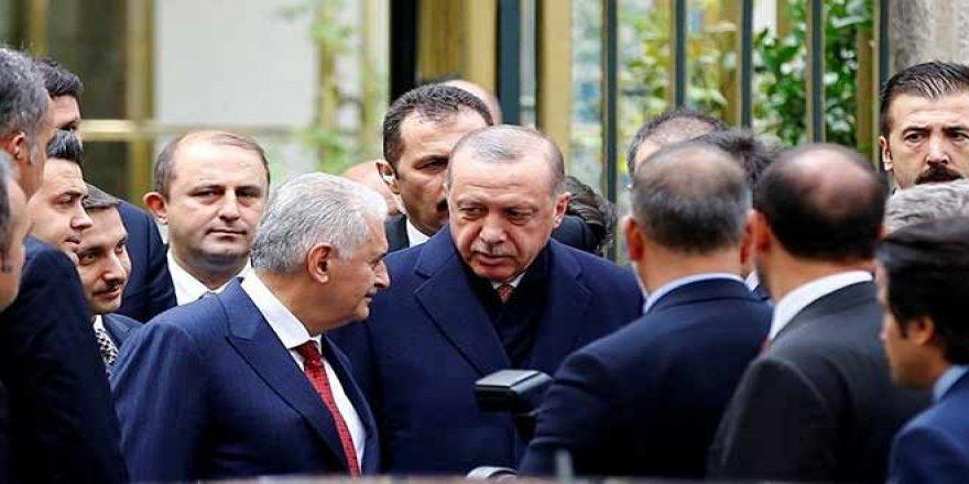 Dolmabahçe'de Erdoğan, Yıldırım ve bazı bakanların katılımıyla seçim değerlendirme toplantısı