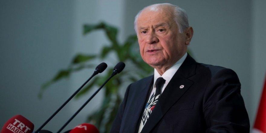 Bahçeli'nin tartışılan teklifi AK Parti'yi harekete geçirdi