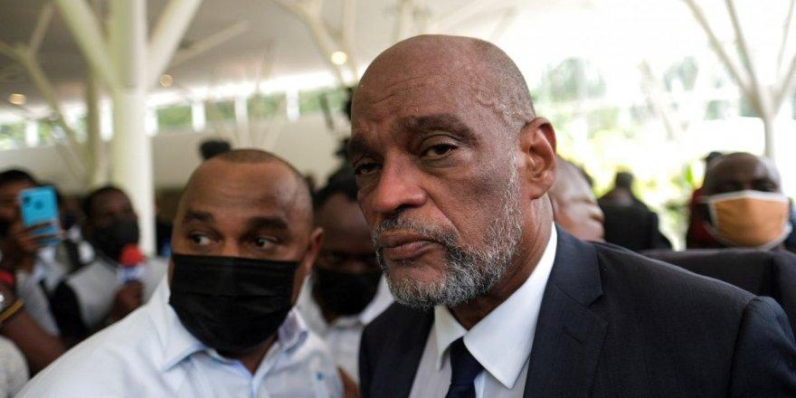 Haiti Başbakanı Henry,  başsavcıyı görevden aldı