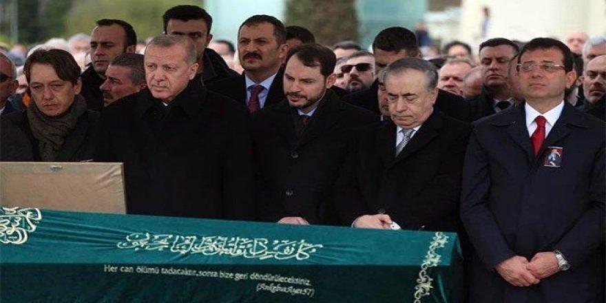 Erdoğan ve İmamoğlu Atalay Şahinoğlu'nun cenazesinde saf tuttu!