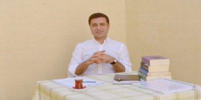 Demirtaş:CHP'nin bize diyet borcu yok, Sayın İmamoğlu'nun şantajlara boyun eğmeden birlik siyasetinde ısrarcı olmasını diliyorum