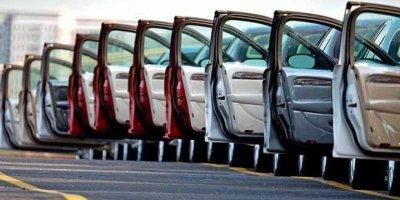 Otomobil satışları yüzde 55,7, hafif ticari araç satışları yüzde 59,08 düştü