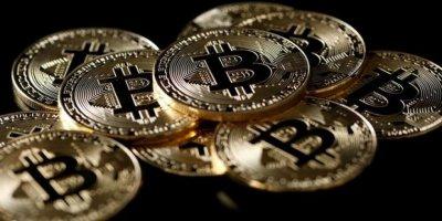 ABD-Çin Gerginliği Bitcoin'e İlgiyi Artırdı: 8 Bin Doları Geçti
