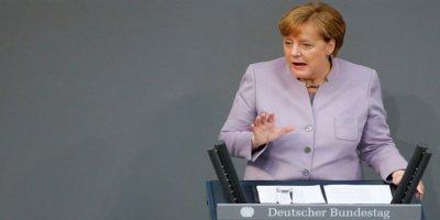 Seçim Tekrarına Merkel'in Tepkisi Türkiye AB'den Uzaklaşıyor
