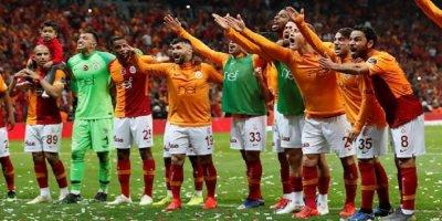 Başakşehir'i Yenen Galatasaray Şampiyon