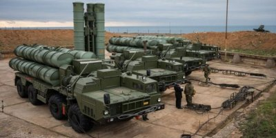 Peskov: S-400'lerin Türkiye'ye Sevkiyatı Zamanında Yapılacak
