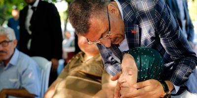 Cumhurbaşkanı Yardımcısı Oktay'dan Darülaceze'ye Bayram Ziyareti