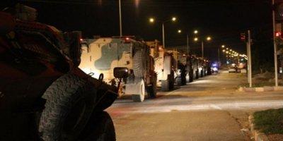 Suriye Sınırındaki Hatay Kırıkhan'a Sevkiyatlar Gece Geç Saatlerde Devam Etti