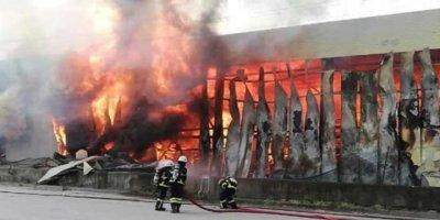 Deposu Yanan Küresel Arşivleme Şirketi Depo Yangınlarıyla Ünlü, 17 Yılda Şirketin Altı Deposu Yanmış