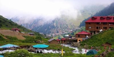 Demirkapı Yaylası'nda Dört Mevsim Bir Arada