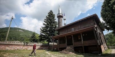 'Çivisiz Cami' Yıllara Meydan Okuyor