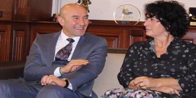 İzmir Büyükşehir Belediyesi'nden Neptün Soyer'le İlgili İddialara Açıklama
