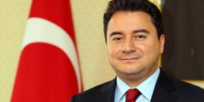İYİ Parti'den İstifa Etmişti! Ali Babacan'ın Ekibine Katıldı