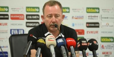Yeni Malatyaspor Teknik Direktörü Yalçın: Olimpija Ljubljana Elenmeyecek Bir Takım Değil