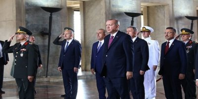 Yüksek Askeri Şura (YAŞ) Toplantısı Öncesinde YAŞ Heyeti Anıtkabir'e Çıktı