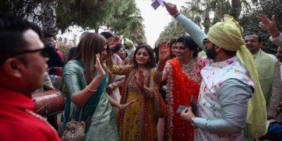 Hint Düğünlerinden 50 Milyon Dolar Geldi