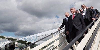 Erdoğan, Rus-Çin Ortak Yapımı Yolcu Uçağının Koltuklarını Sıkışık Buldu