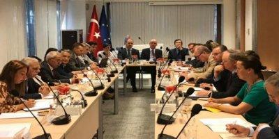 Görevden Alınan HDP'lilere AB Desteği
