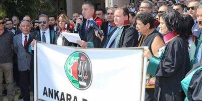 Adli Yıl Açılışını Boykot Eden Ankara Barosu: Açılış İlla Sarayda Olacaksa Bu Adliye Sarayları Olmalı