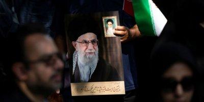 Hamaney: Düşmanlar İran İle Irak Arasında Anlaşmazlık Yaratmaya Çalışıyor Ancak Komploları Etkisiz Kalacak