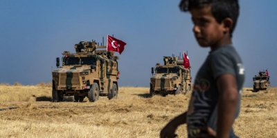 Reuters: Üst Düzey Türk Yetkili, Operasyon İçin ABD'nin Çekilmesi Beklenecek Dedi