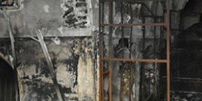 TİKA Heyeti Kerkük'te Yanan Kayseri Çarşısı'nda İncelemelerde Bulundu
