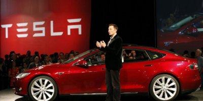 Tesla geri dönüyor!