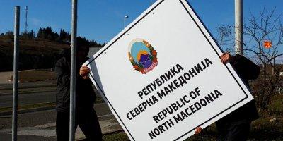 Makedonya artık resmen Kuzey Makedonya oldu