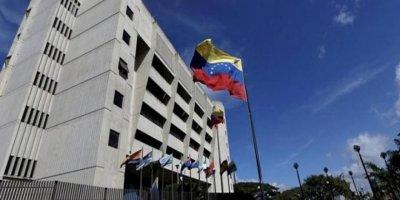 """Venezuela sınırında """"insani yardım"""" konseri"""