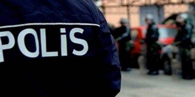Soruları çalan polislere 9 yıllık maaş cezası