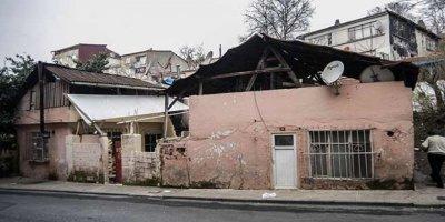 'Hızır', Hasköy'de evlere para dolu zarf bırakıyor...